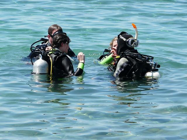 leren duiken doe je bij een erkende duikschool