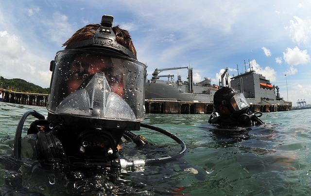 duikfysica: druk neemt toe naar diepte. Speciale kleding is nodig bij diepzeeduiken