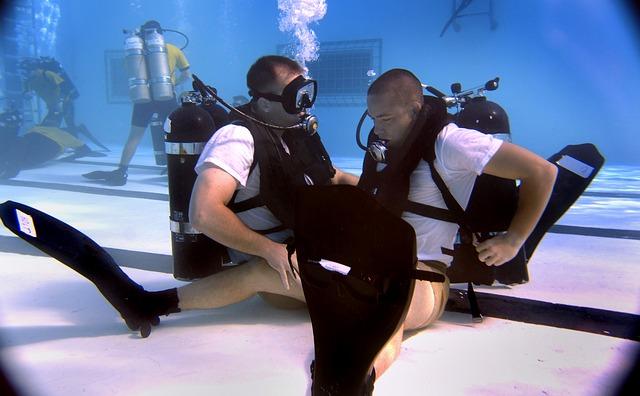 Er zijn in Nederland honderden duikscholen waar je kunt leren duiken