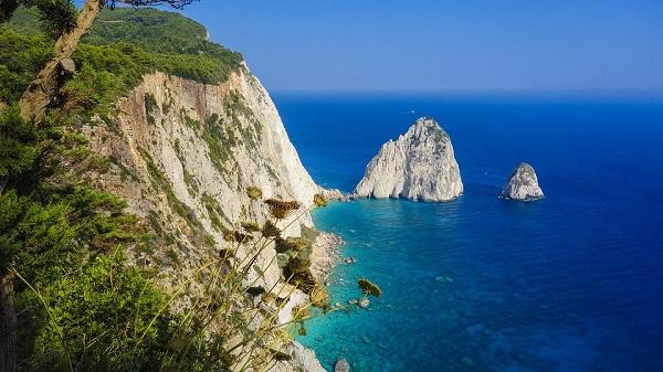 Snorkelen op Kreta langs rotsformaties