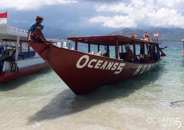 Oceans 5 duikboot bij de Gili eilanden